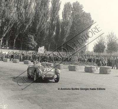 XXII Mille Miglia Austin Healey 100 S numero 700 di George Abecassis