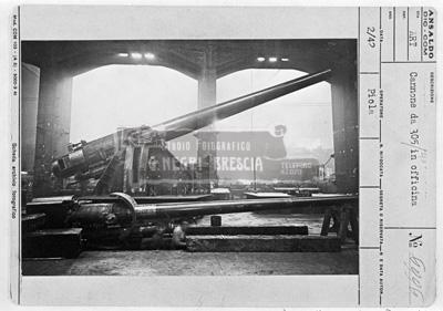 Ansaldo cannone da 305 mm in allestimento nella fabbrica